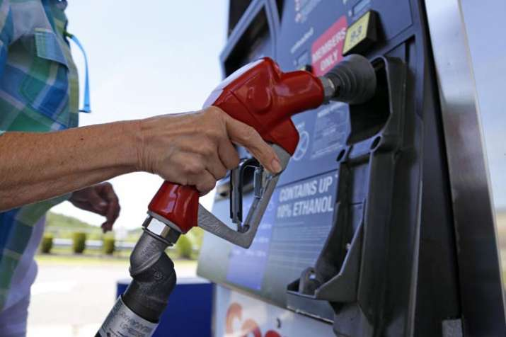 Petrol, diesel prices remain unchanged on Wednesday | AP File- India TV Paisa