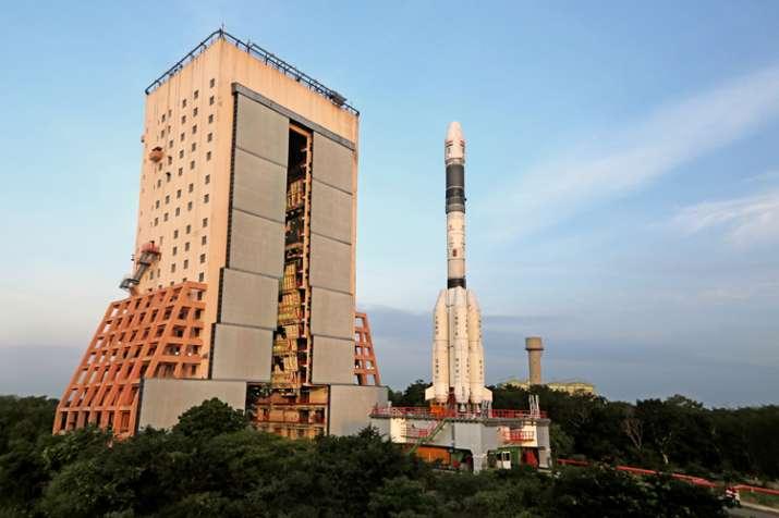 इस साल भारत 32 अंतरिक्ष अभियान लॉन्च करेगा: इसरो- India TV