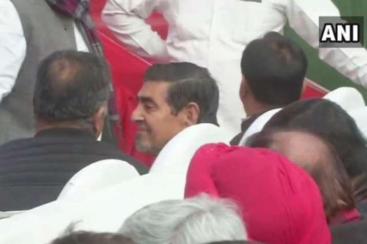 Jagdish Tytler attends Congress' event in Delhi, gives statement on Sajjan Kumar | ANI- India TV