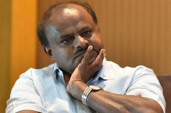 कर्नाटक के कांग्रेस विधायकों के बीच मारपीट के बाद आज फिर बुलाई गई CPL मीटिंग- India TV