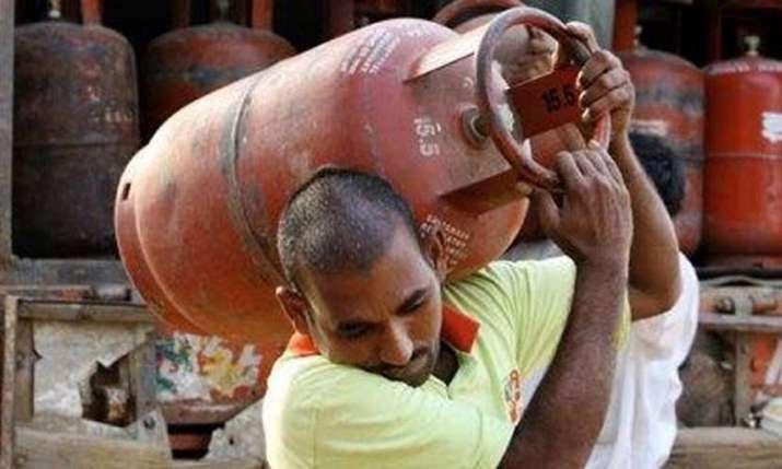LPG Price- India TV Paisa