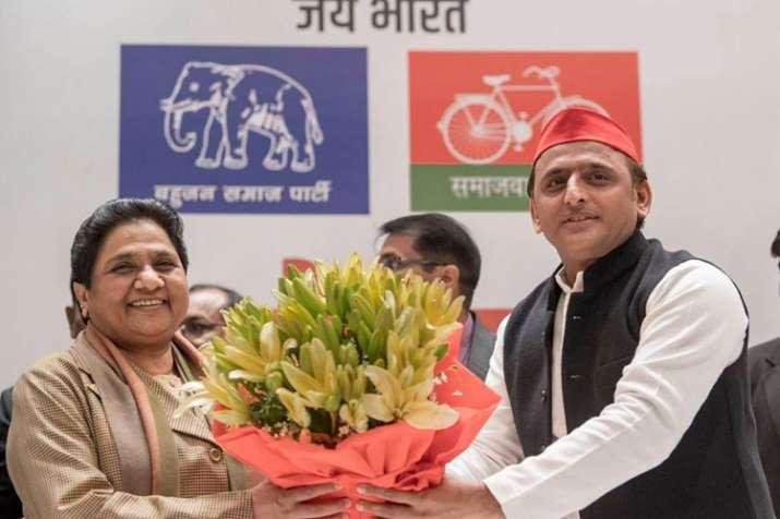 BSP Chief Mayawati and SP Chief Akhilesh Yadav | Facebook- India TV