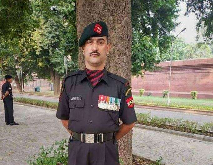 Lance Naik Nazir Wani to get Ashok Chakra posthumously for Kashmir operations- India TV