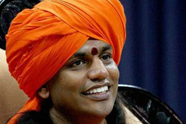 विवादित संत स्वामी नित्यानंद को कुंभ में बुलाने को लेकर पशोपेश में अखाड़ा- India TV