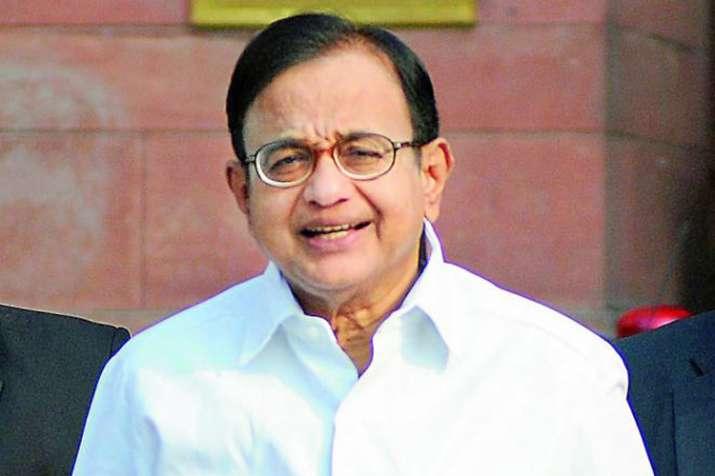 'जीएसटी संबंधी गड़बड़ियां' ठीक होने का श्रेय कांग्रेस के वित्त मंत्रियों को: चिदंबरम - India TV