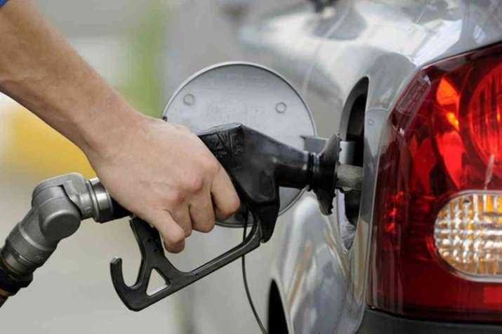 पेट्रोल, डीजल के दाम में वृद्धि पर फिर लगा विराम, जानिए आज के भाव- India TV Paisa