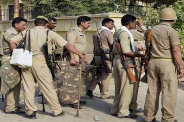 Ex-JNU scholars say policemen committed theft at their flat | PTI से प्रतीकात्मक तस्वीर- India TV