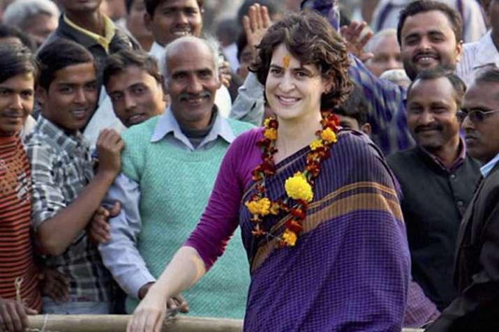 शिवसेना ने की प्रियंका गांधी की जमकर तारीफ, कहा-हुकुम की रानी साबित हो सकती हैं कांग्रेस की UP महासच- India TV