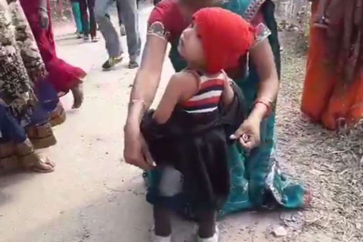 Crying toddler forced to remove black jacket before Sarbananda Sonowal rally- India TV