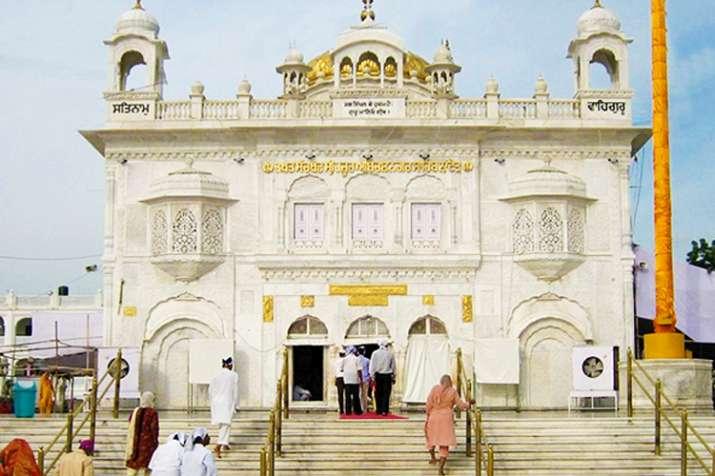 प्रकाशोत्सव: बिहार में तख्त साहिब से निकली प्रभात फेरी, 'जो बोले सो निहाल' से गूंजा पटना- India TV