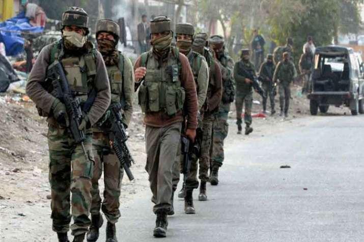 3 terrorists killed in J&K encounter - India TV