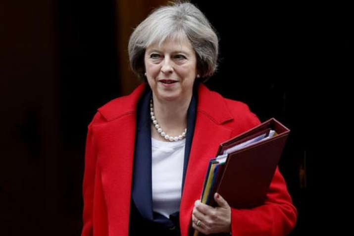 Theresa May survives confidence vote, says MPs must 'work together' to deliver Brexit | AP File- India TV