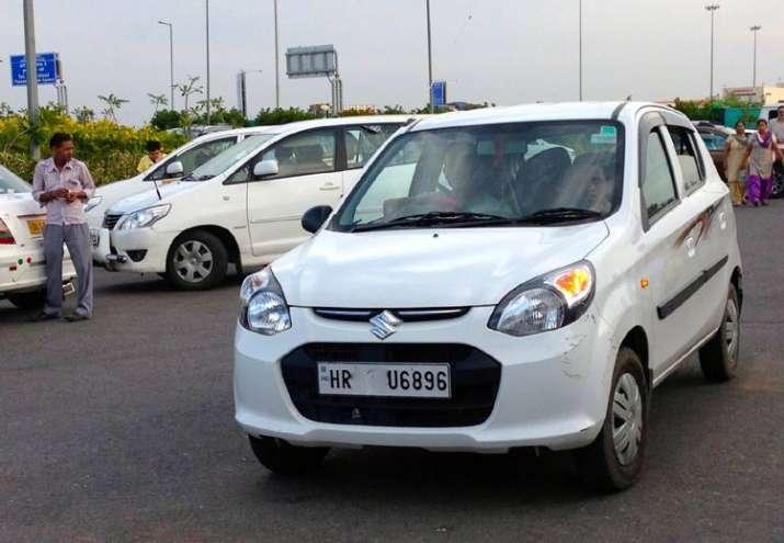 white cars- India TV Paisa