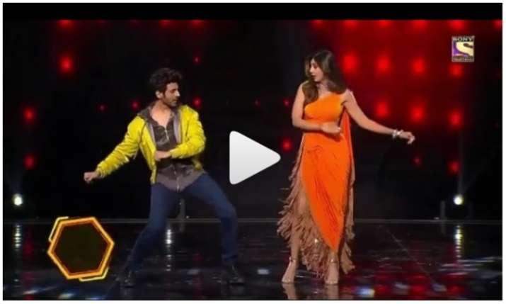 Kartik aaryan and Shilpa shetty dance video- India TV