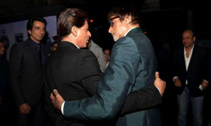 अमिताभ बच्चन-शाहरुख...- India TV