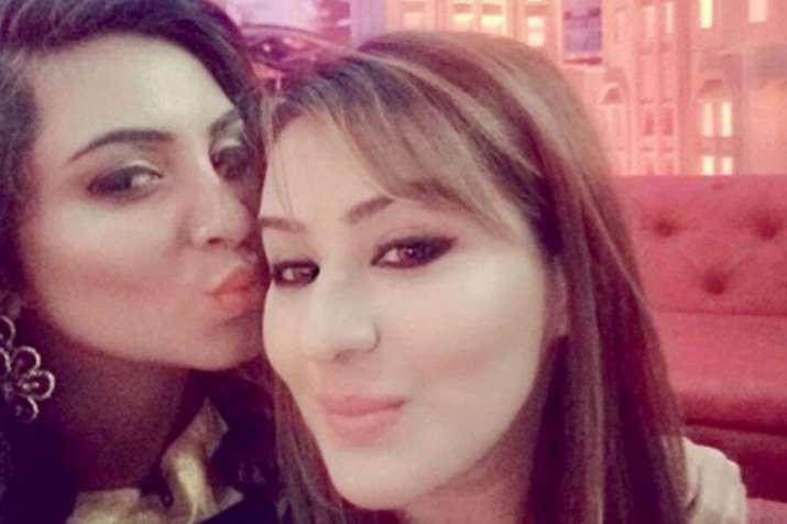 After Shilpa Shinde Arshi Khan may join politics- India TV