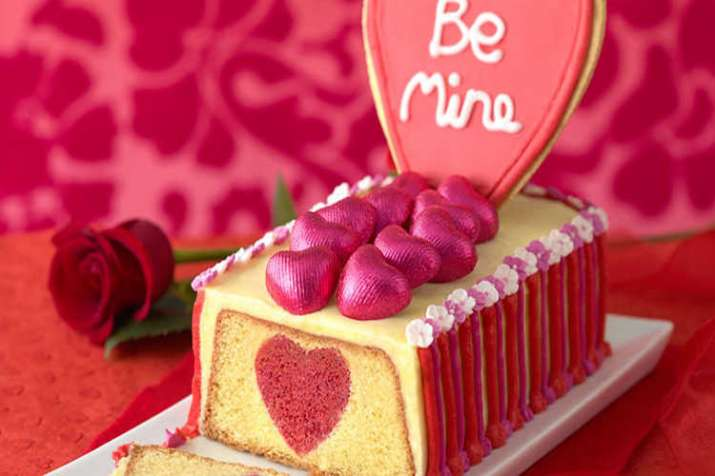 valentine cake- India TV