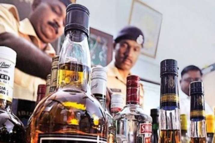 several die in UP and Uttarakhand after consuming spurious liquor- India TV