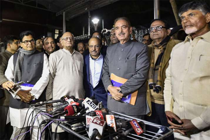 Opposition parties meet Election Commission over EVM issue | PTI- India TV