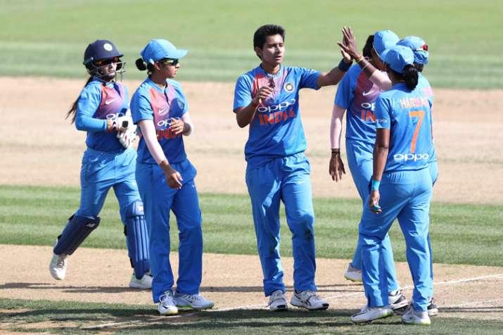 न्यूजीलैंड के बाद अब इंग्लैंड के खिलाफ दबादबा बनाने उतरेगी भारतीय महिला टीम - India TV