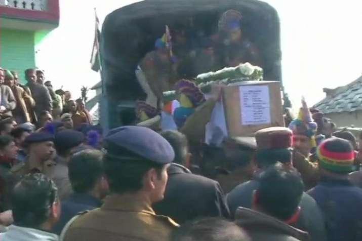 Himachal Pradesh: Last rites ceremony of CRPF Constable Tilak Raj in Kangra district- India TV