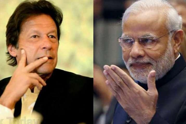 PM मोदी की राह चले इमरान खान, हज सब्सिडी को किया खत्म; पाक में मचा बवाल- India TV
