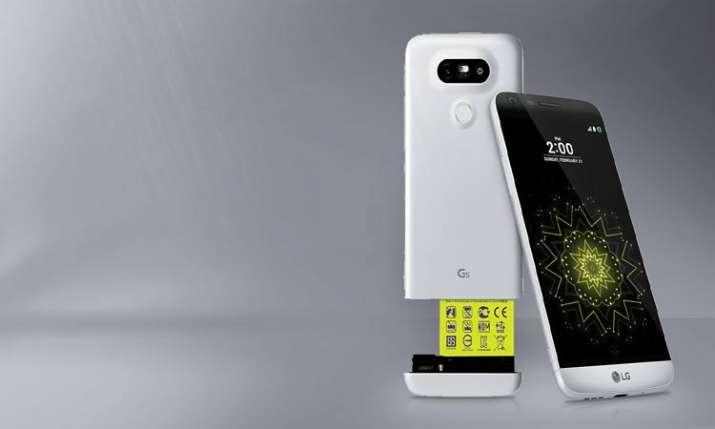 LG First 5G smartphone- India TV Paisa
