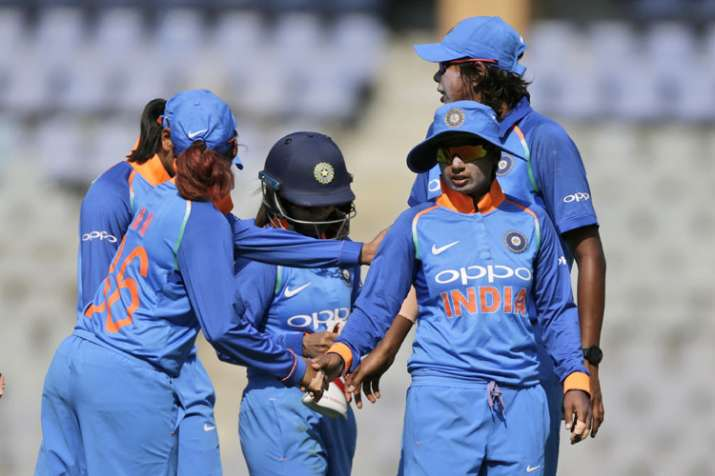 3rd ODI: इंग्लैंड के खिलाफ क्लीन स्वीप करने उतरेगी भारतीय महिला क्रिकेट टीम - India TV