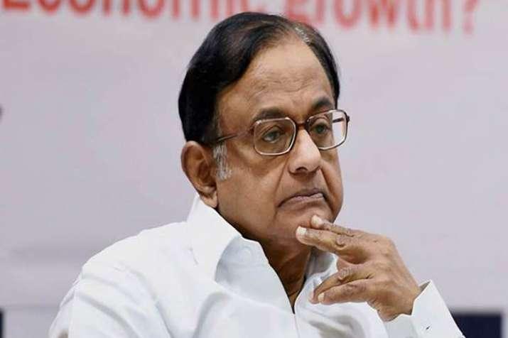 'पूर्व वित्त मंत्री पी. चिदंबरम, अन्य पर 10,000 करोड़ रुपये की क्षति का मुकदमा करेंगे'- India TV