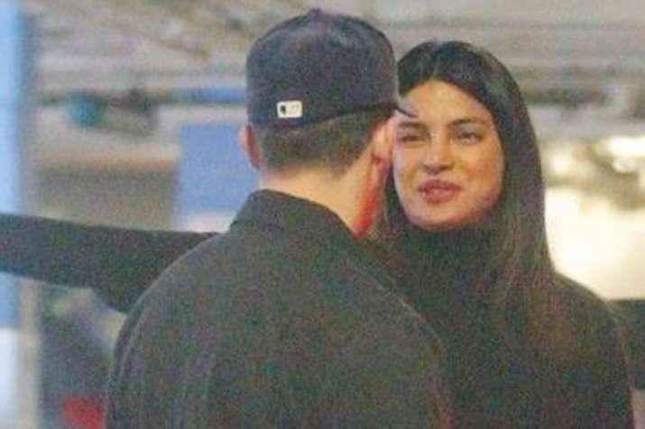 Priyanka Chopra and Nick Jonas spotted kissing post a dinner date- India TV
