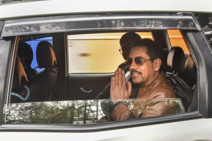 Businessman Robert Vadra leaves after appearing before...- India TV