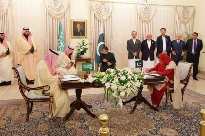 Saudi crown prince Mohammed bin Salman signs $20 billion in agreements with Pakistan- India TV