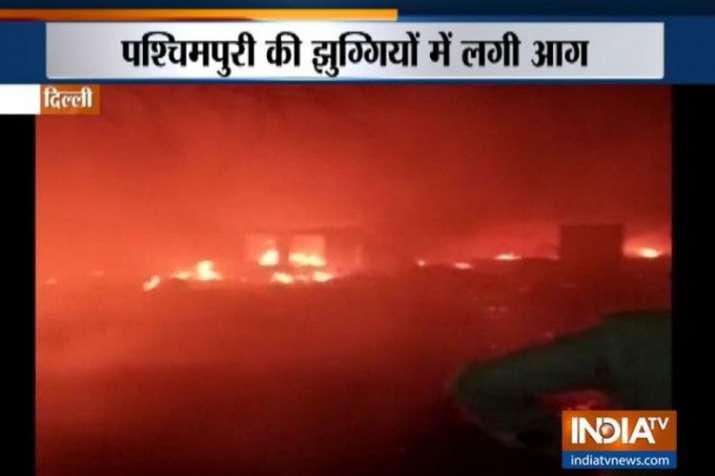 Delhi: Around 250 shanties gutted in massive fire in Paschim Puri- India TV