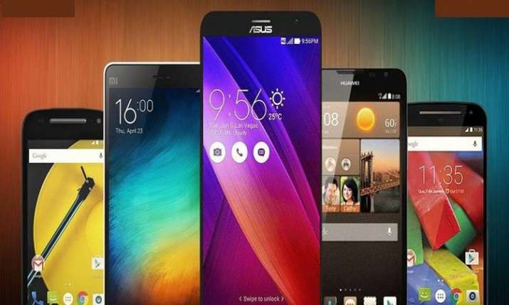 smartphone market- India TV Paisa