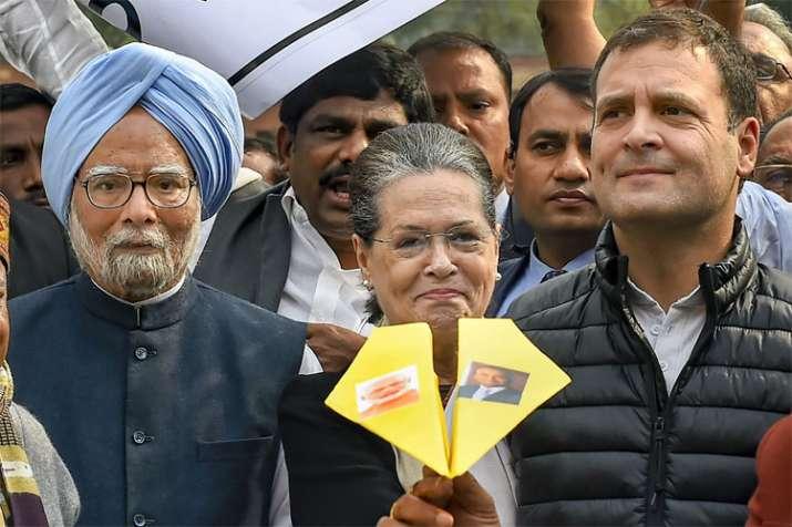 Manmohan Singh, Sonia Gandhi and Rahul Gandhi | PTI- India TV