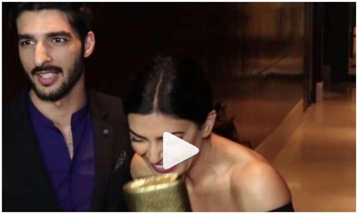 Sushmita sen and rohman shawl- India TV