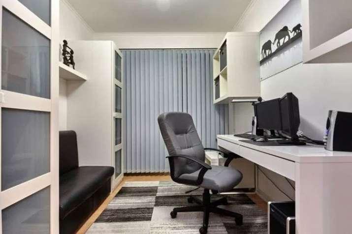Vastu tips About Office- India TV