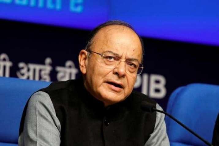 'विभाजनकारी, संवैधानिक रूप से दोषपूर्ण है गुप्त रूप से शामिल किया गया अनुच्छेद 35 ए'- India TV