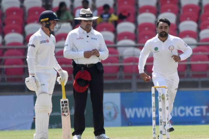 राशिद खान के पांच विकेट से टेस्ट क्रिकेट में पहली ऐतिहासिक जीत के करीब अफगानिस्तान - India TV