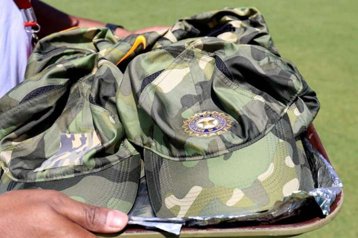 3rd ODI: MS Dhoni, Virat Kohli plan special 'cap' tribute for armed forces- India TV