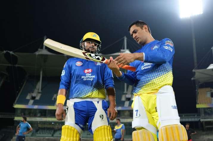 IPL 2019: चेन्नई सुपरकिंग्स ने शुरू की तैयारी, 140 सेकेंड में देखिए धोनी की दमदार प्रैक्टिस- India TV