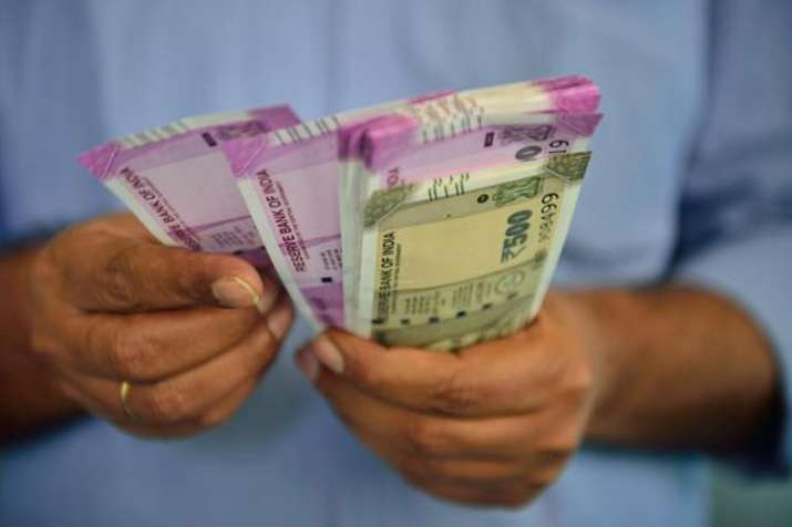 Uttar Pradesh announces 3 percent dearness allowance for government employees- India TV
