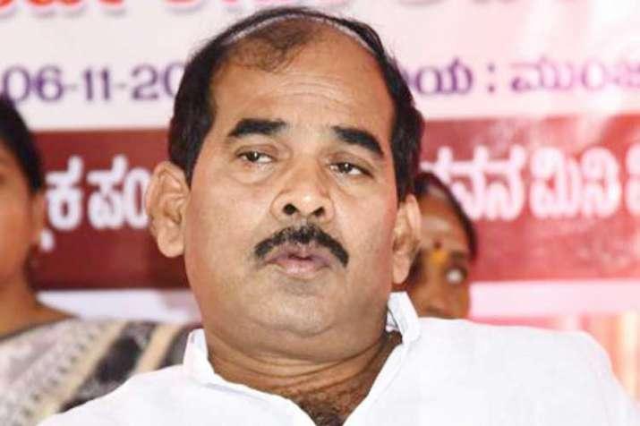 karnataka minister cs shivalli- India TV