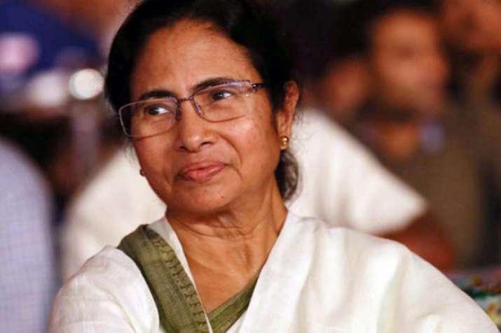 गर्व है कि लोकसभा में तृणमूल की 35 प्रतिशत सीटों पर महिलाएं हैं: ममता बनर्जी- India TV