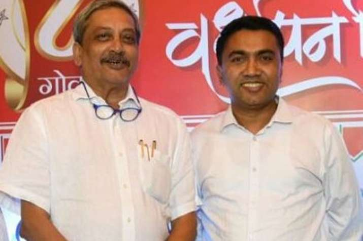 Manohar Parrikar and Pramod Sawant | Twitter- India TV