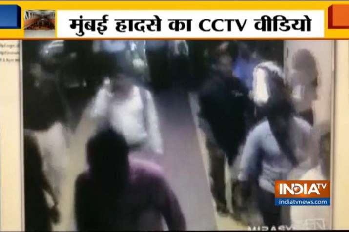 WATCH: CCTV of CST bridge collapse emerges, people rush in panic- India TV
