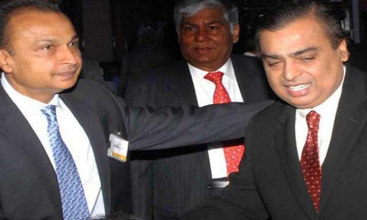 Mukesh and Anil Ambani- India TV Paisa
