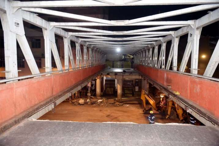 CST Foot overbridge- India TV