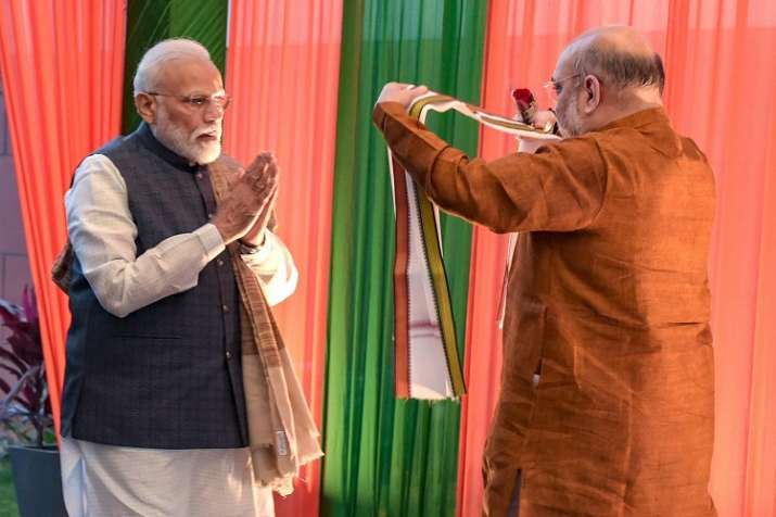 Prime Minister Narendra Modi and BJP National President...- India TV