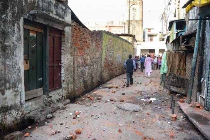 Bareilly stone pelting Ram Barat- India TV